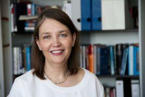Profile Picture Ellen Immergut  2